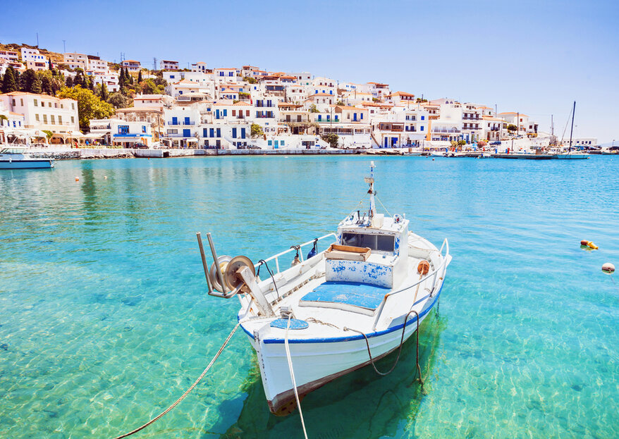 Honeymoon in Greece: A Classical Destination for the Most Romantic Getaway